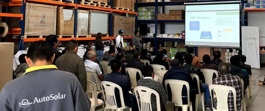 Éxito de participación en el primer taller de Energía Solar Fotovoltaica
