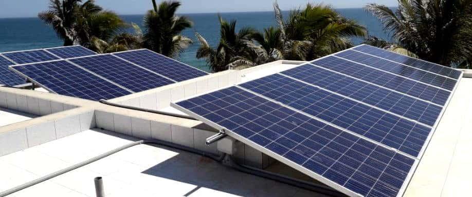 Instalación Kit Solar Vivienda Aislada 34.125Wh/día en Máncora
